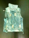 Джинсовая жилетка женская. Фото 3.