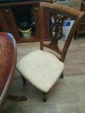 Стол и стулья в комплекте. Фото 4.