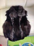 Жилетка из меха чернобурки. Фото 1.