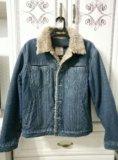 Мужская джинсовая куртка. Фото 1.