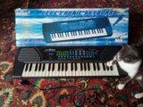 Синтезатор. Фото 1.