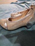 Туфельки для девочки. Фото 1.