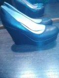 Туфли+вторая пара в подарок. Фото 1.