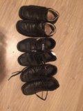 Туфли и кроссовки. Фото 1.