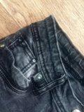Женские джинсы. Фото 1.