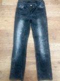 Женские джинсы. Фото 3.