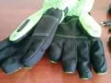 Перчатки с подогревом и внешней кнопкой управления. Фото 2.