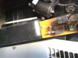Конечный выключатель редуктора заслонки печки. Фото 2.