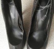 Туфли на шпильке Bershka