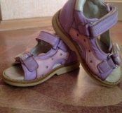 Ортопедические сандали Minitin