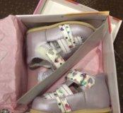 🌸 НОВЫЕ Туфли Flamingo, 20 размер 🌸