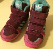 Высокие утеплённые кроссовки adidas 24р