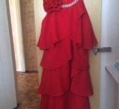 Подростковое платье.