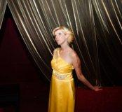Праздничное желтое платье