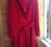 Пальто красное, шерсть.