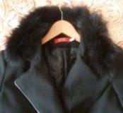 Утепленное пальто с натуральным мехом.