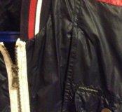 Куртка( ветровка)