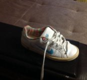 Кроссовки кожаные, 35 размер