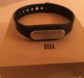 Xiaomi Mi Band –  фитнес-трекер