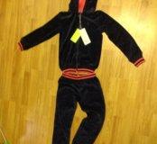 Велюровый спортивный костюм на рост 140