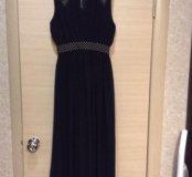 Платье женское длинное.