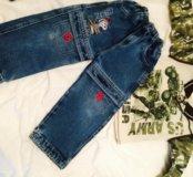 Лонгслив и джинсы