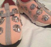Шикарные кроссовочки