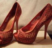 Туфли женские на высоком каблуке Шутс