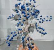 Деревце с натуральным мхом в оформлении