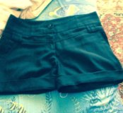 Майка светло-серая новая;шорты классические черные
