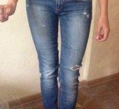 Продаю джинсы