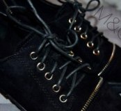 Ботинки размер написан 40(26см по стельке),новые
