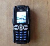 Ударопрочный телефон Sonim Landrover