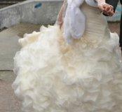 Свадебное платье 44-46 размера цвет шампань