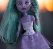 OOAK Twyla Monster High