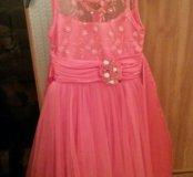 Нарядное платье 6 - 7 лет