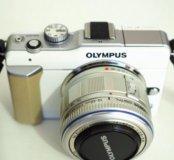 Беззеркальная камера Olympus PEN E-PL1