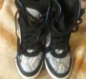 Осенние ботинки на каблуке