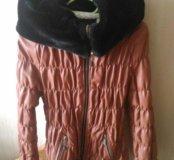 Куртка женская...р-и 46...зима..большой капюшон.