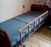 Медицинская кровать