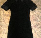 Платье с замком на всю длину