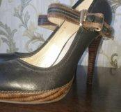 Туфли кожанные р.39- новые, черные