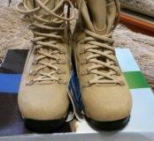 Ботинки Jungle Boot муж. новые.