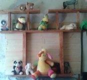 Полочки для игрушок и цветов