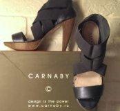 Продаю туфли женские Carnaby.