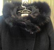 Утепленное пальто с капюшоном (натуральный мех)