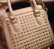 Кожаная стильная сумка Mexx