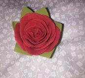 Декоротивный цветок из фоамирана