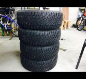 Goodyear ultra grip 500 215/55/17