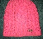 Женская теплая шапка в идеальном состоянии